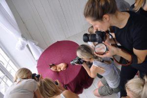 "Obuchenie Babystory 7 300x200 - Программа курса в школе фотографии ""PhotoSpot"""